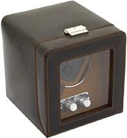 Шкатулка для подзавода механических часов изготовлена из высококачественной коричневой экокожи с прозрачной стеклянной крышкой.