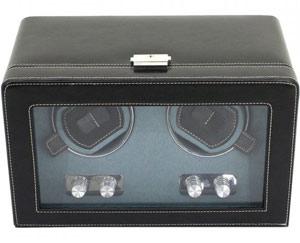 Шкатулка для подзавода 2 механических часов изготовлена из высококачественной черной экокожи с прозрачной стеклянной крышкой.