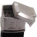 Коллекция Газовые пьезо зажигалки Givenchy 78 наименований стоимостью от 1800 до 5999 руб. Коллекция газовых пьезо зажигалок Givenchy – это безусловная аристократичность стиля. Представленную коллекцию зажигалок отличает невероятно искусное сочетание цветов и материалов. Мозаику, лак и золото сменяет стальной чёрно-белый корпус, решенный в ультрамодной изысканной манере. Единый стиль роскоши, элегантности и благородства – задает тон разнообразию коллекции и объединяет её.
