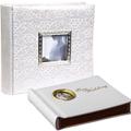 Коллекция Свадебные фотоальбомы 14 наименований стоимостью от 530 до 1130 руб. Магнитный свадебный фотоальбом – предмет, необходимый каждому, чей безымянный палец украшает обручальное кольцо. Если вы приглашены на торжество и всё ещё думаете о выборе подарка – стоит вспомнить о том, что специальный праздничный альбом для фотографий пригодиться наверняка. Вместительные магнитные листы свадебного фотоальбома избавят вас от проблем с выбором кадра: места хватит каждому снимку, тем более что располагать фотографии можно под любым углом и в любом направлении. Где купить свадебный фотоальбом? – В нашем Интернет магазине подарков.