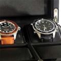 Коллекция Шкатулки для наручных часов 13 наименований стоимостью от 9900 до 25000 руб. Швейцарское качество и немецкая точность воплощены в этой стильной коллекции: строгая геометрия форм, утонченная простота деталей, спокойные, заряжающие уверенностью тона.  Надежный деревянный корпус и качественная отделка (рояльный лак, карбон, макассар). Среди шкатулок для хранения часов Kadloo есть и боксы, предназначенные для хранения 4-х часов и большие шкатулки, вмещающие до 20-ти экземпляров часов.