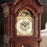 Коллекция Напольные механические часы 13 наименований стоимостью от 389676 до 1377795 руб.