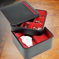 Коллекция Шкатулки для хранения 47 наименований стоимостью от 2750 до 18390 руб. Дорогим часам – соответствующий уход. Трудно представить более функциональный и достойный подарок, нежели шкатулки для часов торговой марки LC Designs. Первоклассные материалы и отличное качество изготовления всегда отличали продукцию этой всемирно известной британской компании. Но мало лишь иметь качественные материалы – важно ими правильно распорядиться. Благодаря грамотной дизайнерской политике компании каждая из представленных в данном модельном ряду шкатулок идеально сочетает в своем оформлении  классические традиции с актуальными тенденциями последних лет. Все модели выполнены строго из натуральной кожи с богатой внутренней отделкой из велюра синего, черного либо красного цвета. Отдельные шкатулки оснащены вынимающейся секцией, в которой очень удобно хранить мелкие аксессуары и украшения.