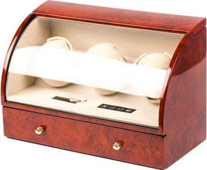 Шкатулка с подзаводом для трех и хранения четырех ручных часов, внешнее покрытие из лака, внутренняя отделка из велюра,работает от сети