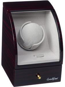 Шкатулка с подзаводом и хранением для 1х наручных часов с выдвижным ящиком для хранения драгоценностей,покрытая рояльным лаком, внутренняя отделка светлый велюр, работает только от сети