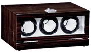 Шкатулка с подзаводом 3х механических часов, покрытая лаком и велюровой отделкой внутри,работает от сети