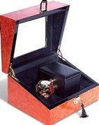 ORBITA SEMPRE является первой и единственной шкатулкой для завода часов с РУЧНЫМ ЗАВОДОМ
