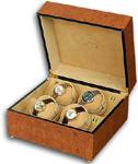 Шкатулка Walnut Burr для 4 часов с автоподзаводом. Корпус выполнен из ореха, покрытого 8 слоями лака. Внутри шкатулка отделана бежевым бархатом