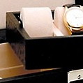 """Коллекция Шкатулки для 5 часов 10 наименований стоимостью от 23110 до 29990 руб. Шкатулки для хранения 5 часов из коллекции """"Renzo Romagnoli"""" – это насыщенный благородный цвет, подчёркнуто скромная внешность и отличная функциональность. Коллекция привлечёт внимание людей собранных и динамичных, привыкших ценить суть вещей. Съёмный верхний ящик для часов и свободные ячейки нижнего яруса для ваших аксессуаров – отличное решение."""