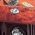 Коллекция Шкатулки для завода часов 94 наименования стоимостью от 14700 до 680810 руб. Тем, кто не принимает компромиссы, тем кто не обращает внимание на цену. Для этих людей создаются шкатулки для механических часов Ундервуд. И не важно что моторы в этих шкатулках делает швейцарская компания Мaxon motor, которая выполняет заказы NASA.